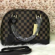 Louis Vuttion Bag - 67890